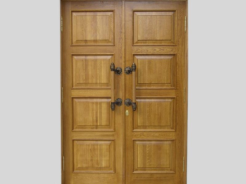 Межкомнатная дверь из дуба