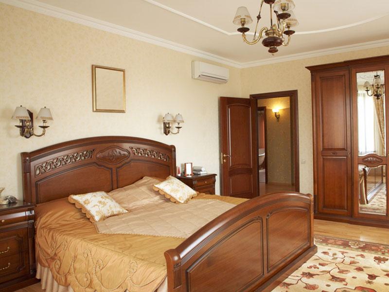 Спальня-из-бука-с-платяным-шкафом