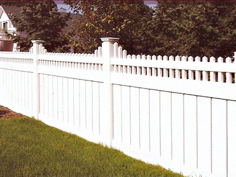 Белый-забор-из-ели