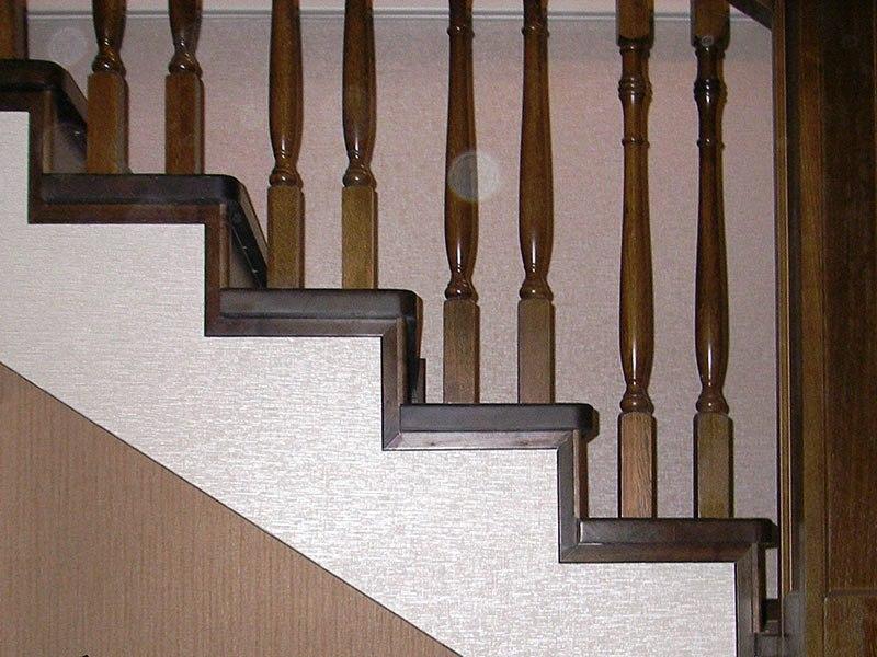 отделка-бетонной-лестницы-деревом